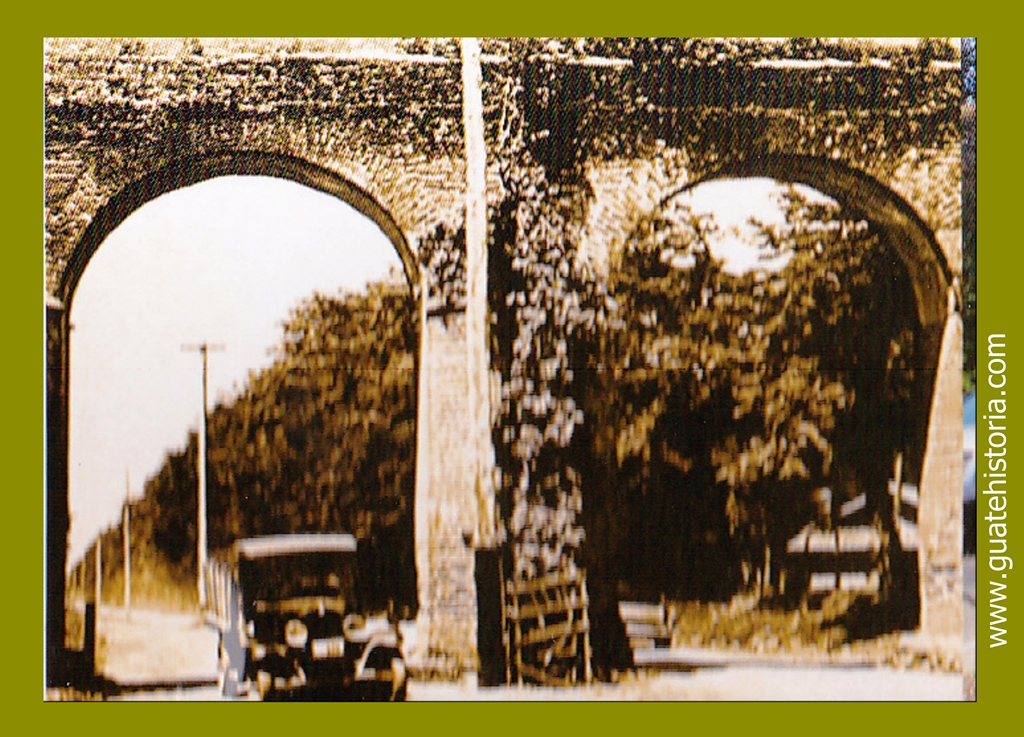 "Acueducto ""La culebra"" 1920"