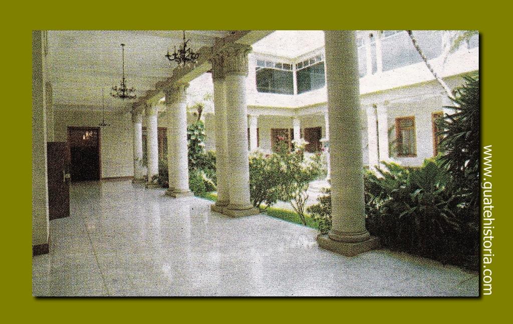 De norte a sur y de sur a norte guatehistoria for Casa jardin guatemala